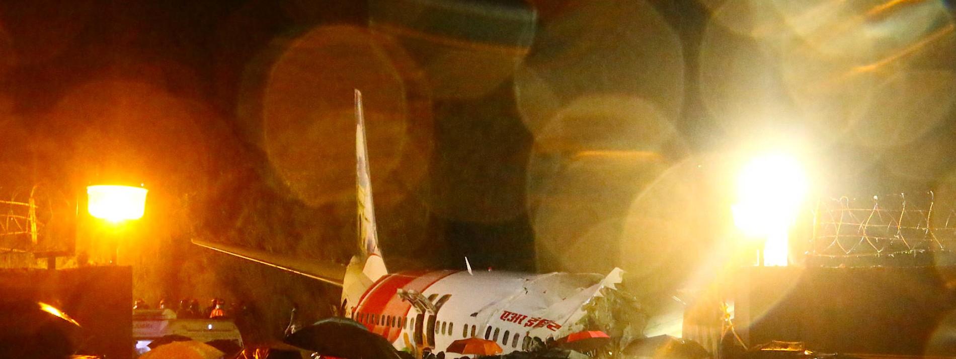 Flugzeug bei Landung verunglückt