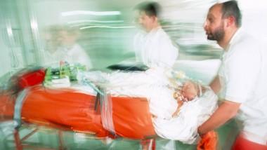 Wenn jede Minute zählt: Notaufnahmen, ob in Hamburg oder auf dem Land, versorgen zu jeder Tages- und Nachtzeit und auch an Feiertagen Patienten mit unterschiedlichen Beschwerden.