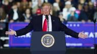 Dort, wo man ihn noch lieb hat: Donald Trump am Samstag bei einer Wahlkampfveranstaltung in Michigan.