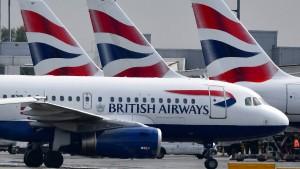 British Airways droht mit Entlassung aller Piloten