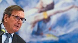 """Altkanzler Schröder unterstellt Amerika """"eigensüchtige Interessen"""""""