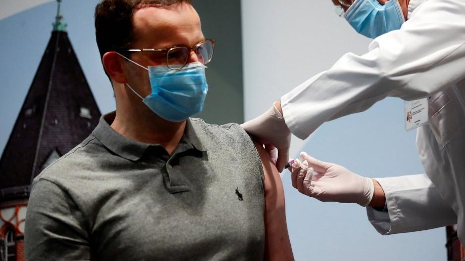 Spahn ruft Bürger zur Grippe-Impfung auf