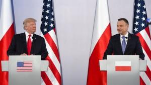 Trump wirft Russland destabilisierendes Verhalten vor