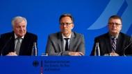 """""""Wir sind nicht in der Lage zu sagen, wir beherrschen den Rechtsextremismus"""":Seehofer, Haldenwang und Münch am Dienstag"""