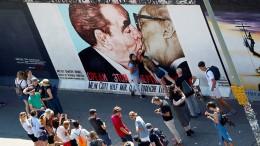 Berlin-Touristen lieben die Mauer