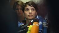 Staatsanwaltschaft ermittelt nun doch gegen Frauke Petry