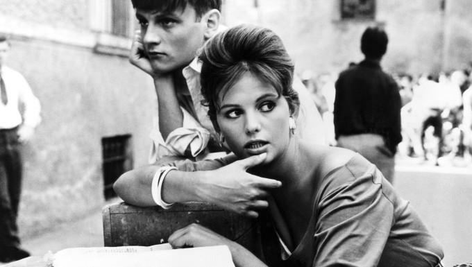 """1960 verdrehte Claudia Cardinale in dem Film """"Das Mädchen mit dem leichten Gepäck"""" dem jungen Jacques Perrin den Kopf."""