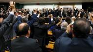 Abtrünnig: Abgeordnete der PMDB beschließen den Bruch der Regierungskoalition.