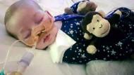 Arzt sieht Heilungschance für Baby Charlie