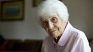 Geboren in Kamerun, vertrieben aus Österreich und den Vereinigten Staaten, sah Ingeborg Rapoport zuletzt die DDR untergehen, die sie mitaufgebaut hatte.