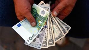 Euro mit höchstem Kurs seit über zwei Jahren