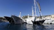 Selbst im oberen Prozent (Einkommen ab rund 150.000 Euro im Jahr) kann sich nicht jeder so eine Yacht leisten.