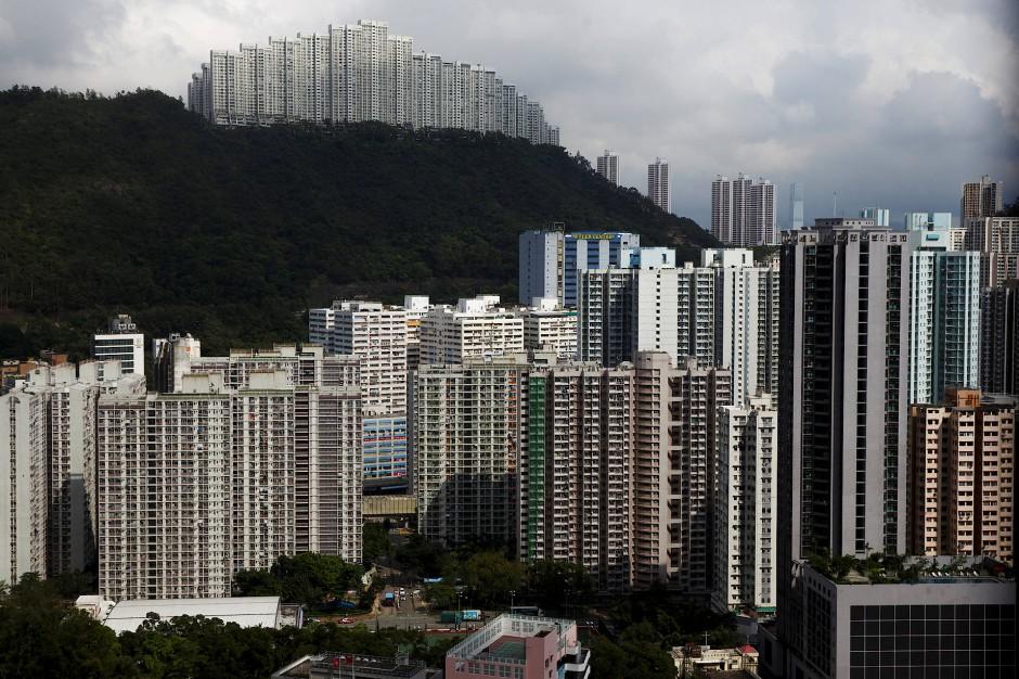 Blick auf Hochhäuser in Hongkong.