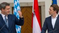 Der bayerische Ministerpräsident Markus Söder (CSU) am Mittwoch bei einer Pressekonferenz mit dem österreichischen Bundeskanzler Sebastian Kurz (ÖVP)