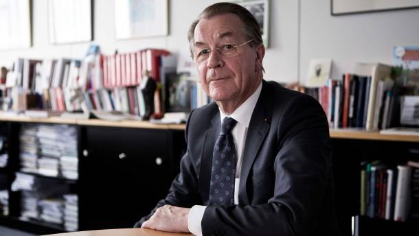Franz Müntefering - Der ehemalige Bundesvorsitzende der SPD stellt sich in Berlin den Fragen von Ralph Bollmann