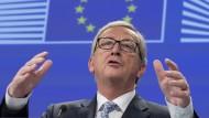 Hält sich zurück: Jean-Claude Juncker am Mittwoch nach dem ersten Zusammentreten seiner Kommission