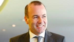 Weber verlangt Aussetzung der Fidesz-Stimmrechte