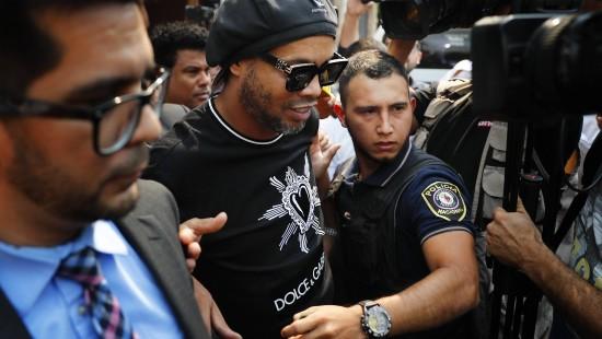 Ronaldinho benutzt offenbar gefälschten Pass