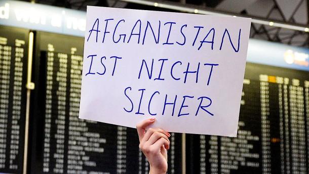 SPD-Verteidigungsexperte fordert Abschiebestopp nach Afghanistan