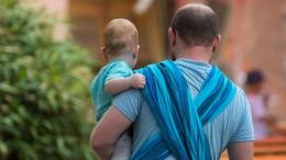 Elternzeit-Väter machen auch später mehr im Haushalt