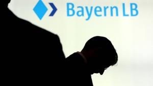 BayernLB macht wieder Verlust