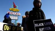 Von der Black-Lives-Matter-Bewegung sprang der Antirassismus-Kampf auf die Universitäten über. Der Hochschulzugang für ethnische Minoritäten ist leichter geworden.