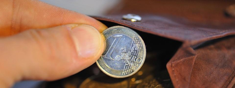 richtig sparen reich werden mit 25 euro im monat. Black Bedroom Furniture Sets. Home Design Ideas