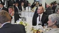 Steht Trumps Sicherheitsberater den Russen zu nah?