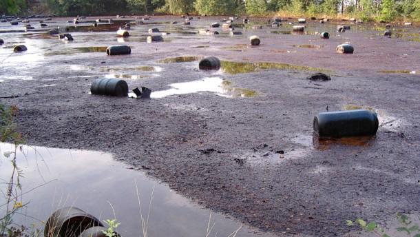 Giftiges Erbe und blühende Landschaften