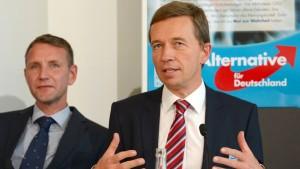 Lucke will Thüringens AfD-Landeschef kaltstellen