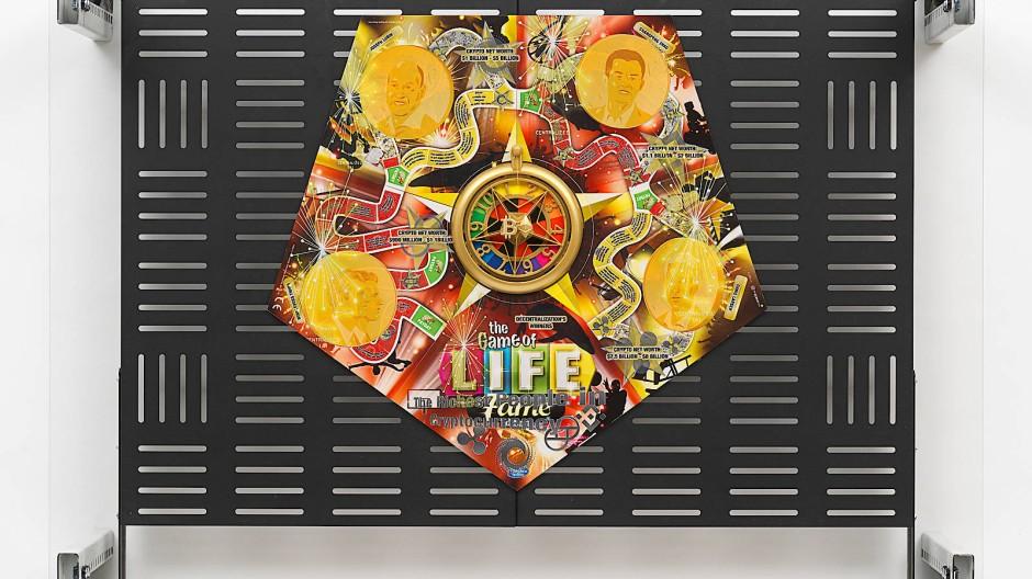 Hat die Kunst einen Platz im digitalen Kapitalismus? Werk des Berliner Künstlers Simon Denny, Professor an der Hochschule für Bildende Künste Hamburg