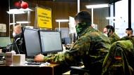Amtshilfe von der Bundeswehr: Im Rhein-Sieg-Kreis ist Sormas im Einsatz.