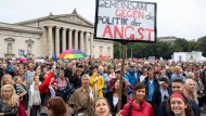 Tausende protestierten am Sonntag in München gegen Populismus und den Kurs der CSU in der Flüchtlingspolitik