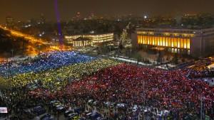 Abermals protestieren Zehntausende in Rumänien