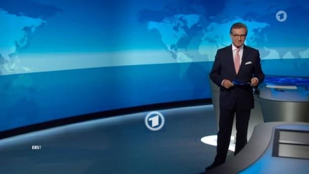 Tagesschau-Sprecher zeigt zum ersten Mal Bein
