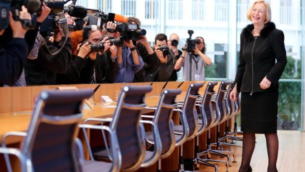 Wanka kündigt harte Verhandlungen über den Hochschulpakt an