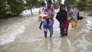 Mehr als 100 Tote bei Überschwemmung