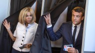 Macrons Partei vor Rekord-Mehrheit im Parlament