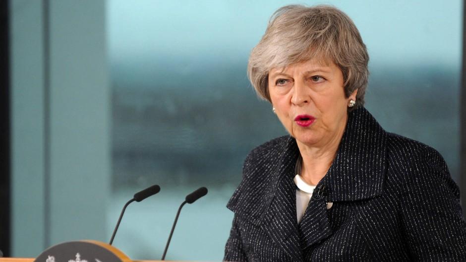 Reist am Donnerstag nach Brüssel: Theresa May.