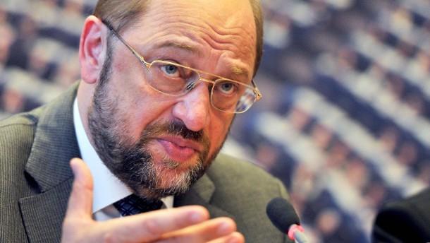 Nervöse Politiker warnen Bundesverfassungsgericht