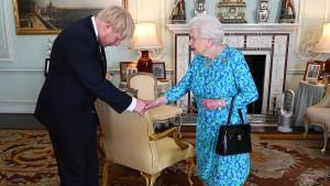 Britische Königin stimmt für Parlamentspause bis Mitte Oktober