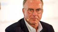 Karl-Heinz Rummenigge spricht sich für die teilweise Abschaffung der 50+1 Regel aus.
