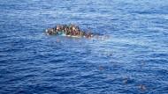 EU verdreifacht Seenothilfe für Flüchtlinge