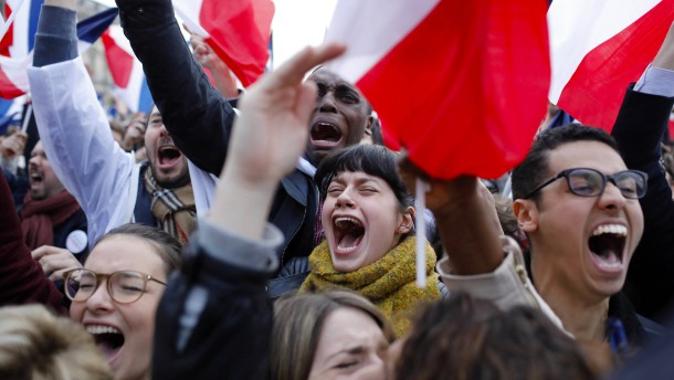 Macron gewinnt mit Zweidrittelmehrheit gegen Le Pen