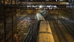 ICE im Bahnhof Basel entgleist