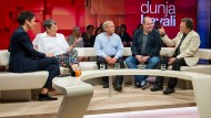 Ob der Gipfel in Berlin oder der Bundeswehreinsatz in Mali: Der Diesel hat auch die Sendung von Dunja Hayali fest im Griff.