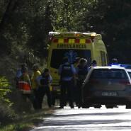 Polizei und Krankenwagen an der Stelle nahe Barcelona, an der der Verdächtige Younes Abouyaaqoub erschossen wurde.