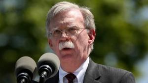Bolton macht Iran für jüngste Angriffe auf Schiffe verantwortlich