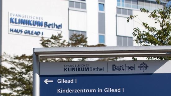 Arzt soll Patientinnen sediert und dann vergewaltigt haben