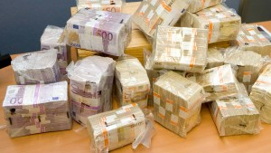 Bundesregierung will Geldwäsche konsequenter verfolgen